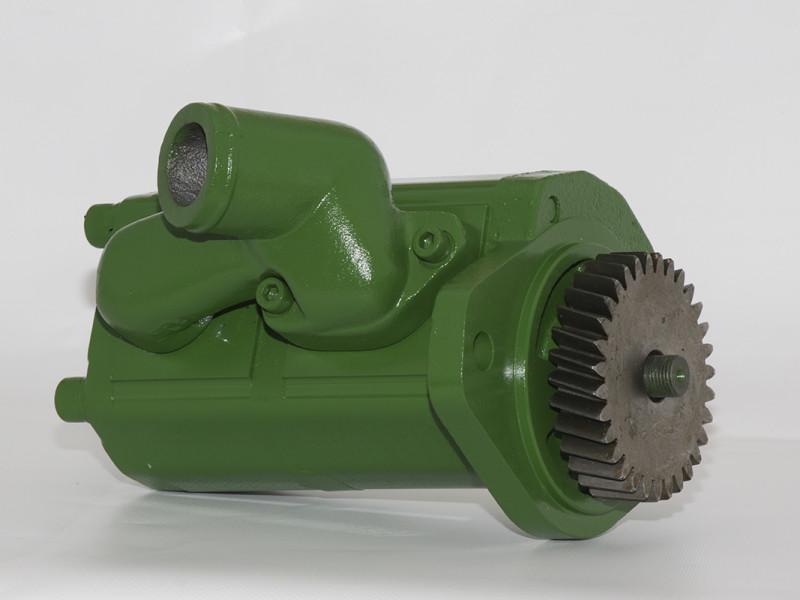 John Deere 5000 Series tandem pump